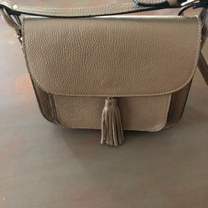 Italian leather purse / nice neutral taupe color